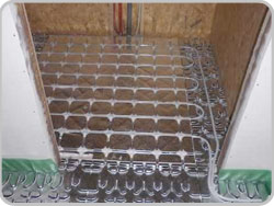 Floor heating for prefabricated wooden house