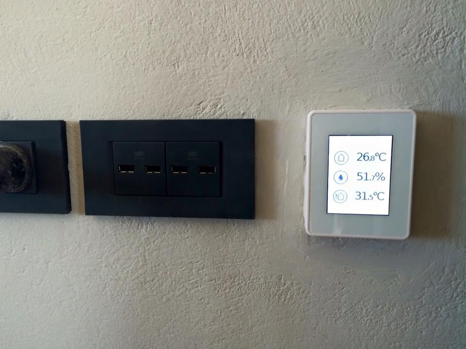 Remote temperature control rooms