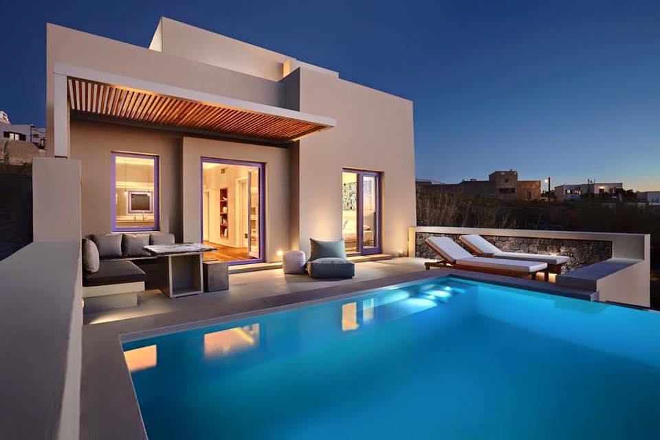 Suite 5 stars Pyrgos Houses