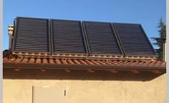 Los paneles solares y calefacción por suelo radiante